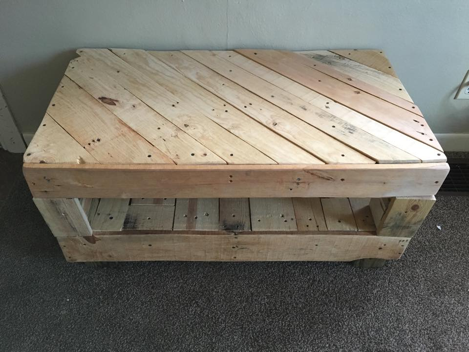 Double deck coffee table