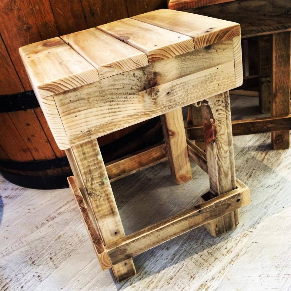 wooden stool made of pallets