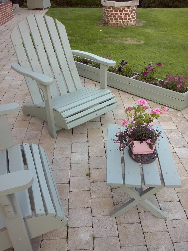 grey painted pallet Adirondack chairs